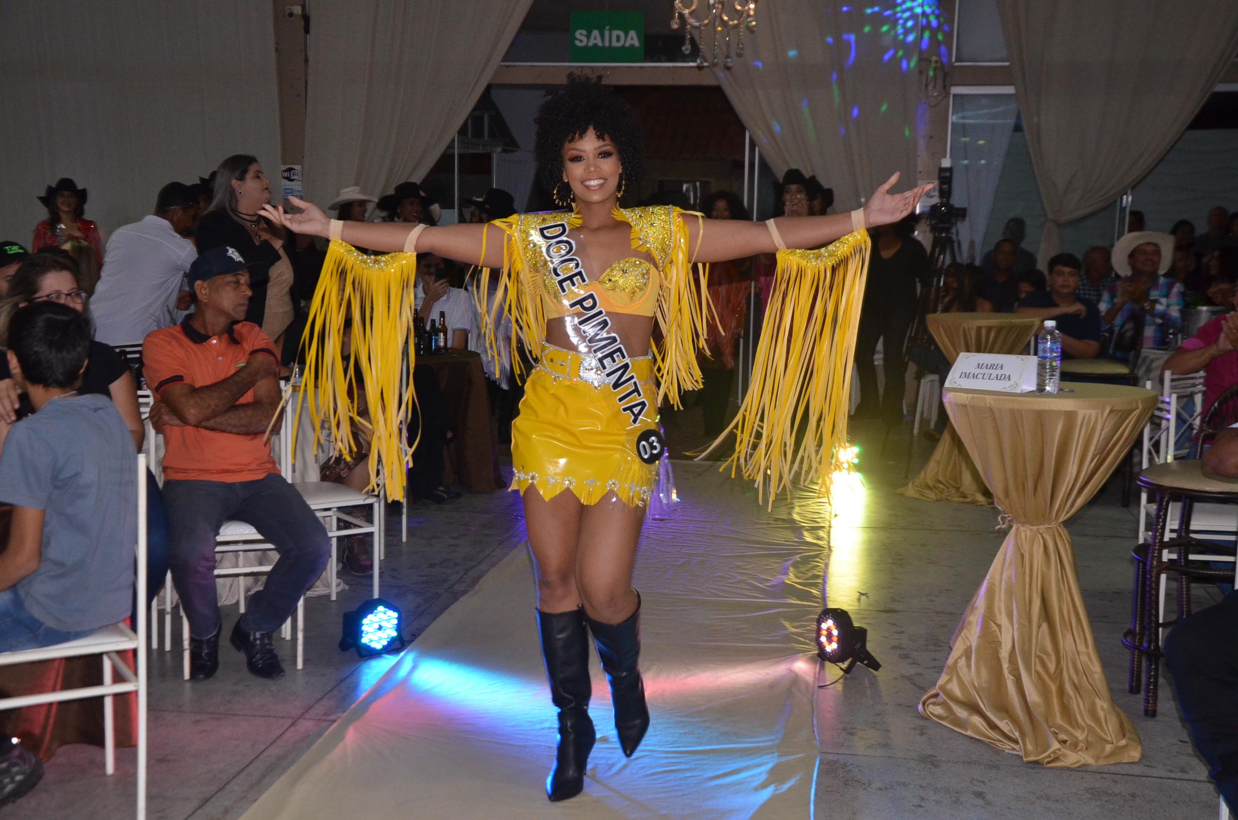 Baile Country: Thais Araújo é a vencedora do concurso Garota ...